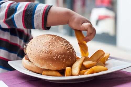 Jakie są najgorsze pokarmy dla niemowląt?