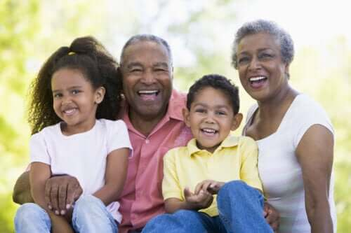 Powinieneś naucz swoje dzieci szanować osoby starsze