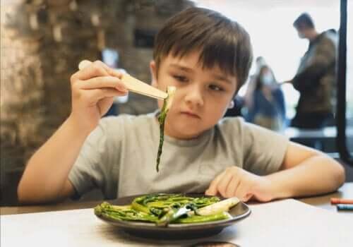 Jak zwiększyć spożycie warzyw przez dzieci? Oto kilka wskazówek!